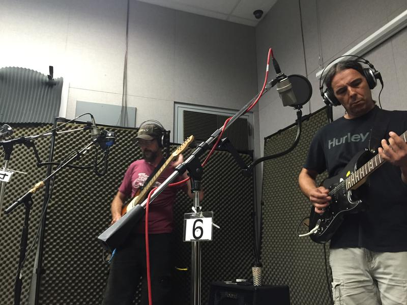 Danny Maple and Mike Gomez of Vultures of Chaos County on Studio Live