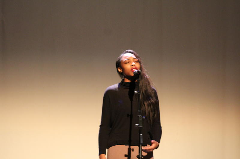 Nessa Smith With Untamed Tongues Performs at the Gillioz