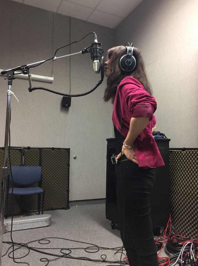 Grandma Strange on Studio Live