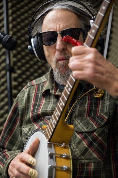 Tom Parker of the Ozark Sheiks on Studio Live