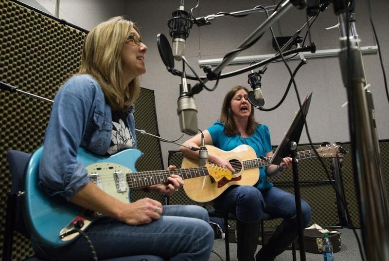 The Shandies on Studio Live
