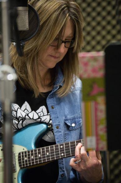 Shannon Stine The Shandies on Studio Live