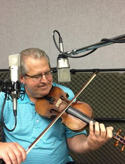 Michael Smartt of Fiddle and Banjo on Studio Live