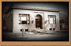 Yreka's Carnegie Library nearly finished in 1915.