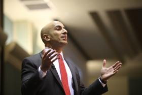 "Former ""TARP"" chief Neel Kashkari tells a crowd at Sacramento State University Tuesday that he's running for governor of California."
