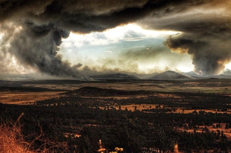 The Bald Fire [left] and Eiler Fire [right], as seen Saturday from Big Valley Mountain