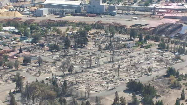 An entire neighborhood in Weed is reduced to ashes by the Boles Fire.