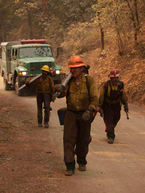 Firefighters on the Happy Camp Complex Fire
