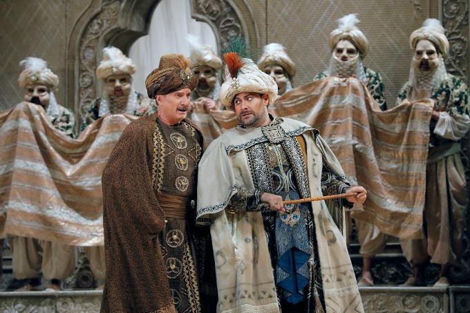 Dwayne Croft as Haly and Ildar Abdrazakov as Mustafà in Rossini's L'Italiana in Algeri