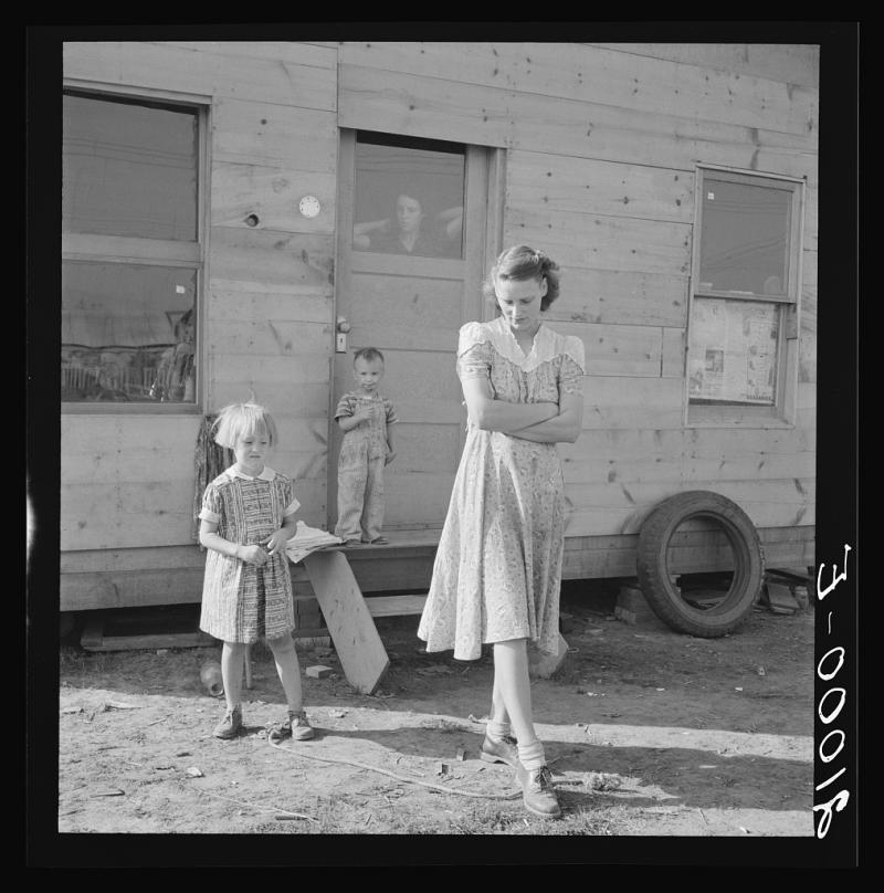 "Young mother, twenty five, says ""Next year we'll be painted and have a lawn and flowers."" September 1939  Klamath Falls, Klamath, Oregon"