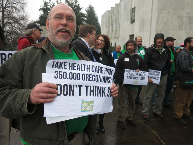 Members of Oregon AFSCME rally in support of the Affordable Care Act on the Oregon Capitol steps.