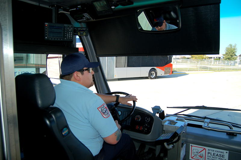 Six-year veteran John Avila trains on the Prímo bus.