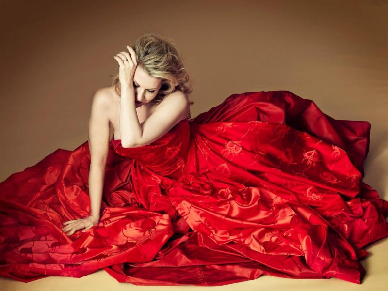 "Joyce DiDonato and ""the dress"" (listen to the interview to learn more about ""it""!)"