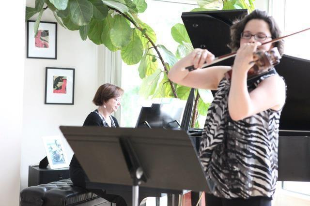Freudigman plays with True at a private residence