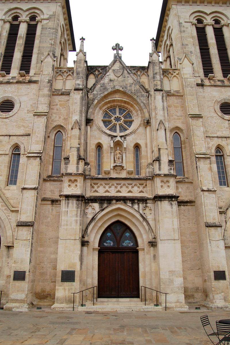 The San Fernando Cathedral in downtown San Antonio was founded in 1731 and is the oldest continually functioning religious community in Texas.