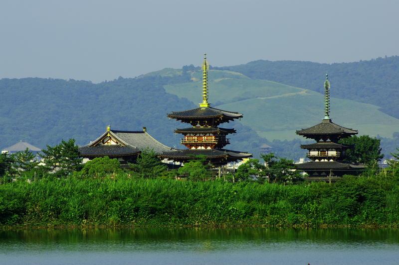 Yakushiji-temple and Wakakusayama Hill.