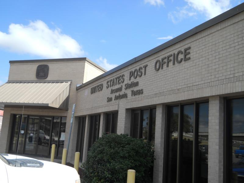 U.S. Post Office at S. Alamo and Interstate 35