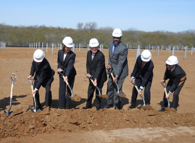 Officials break ground at the site of Alamo I. When all the OCI facilities are finished in 2016, they will employ 800 workers and generate 400 megawatts of power.