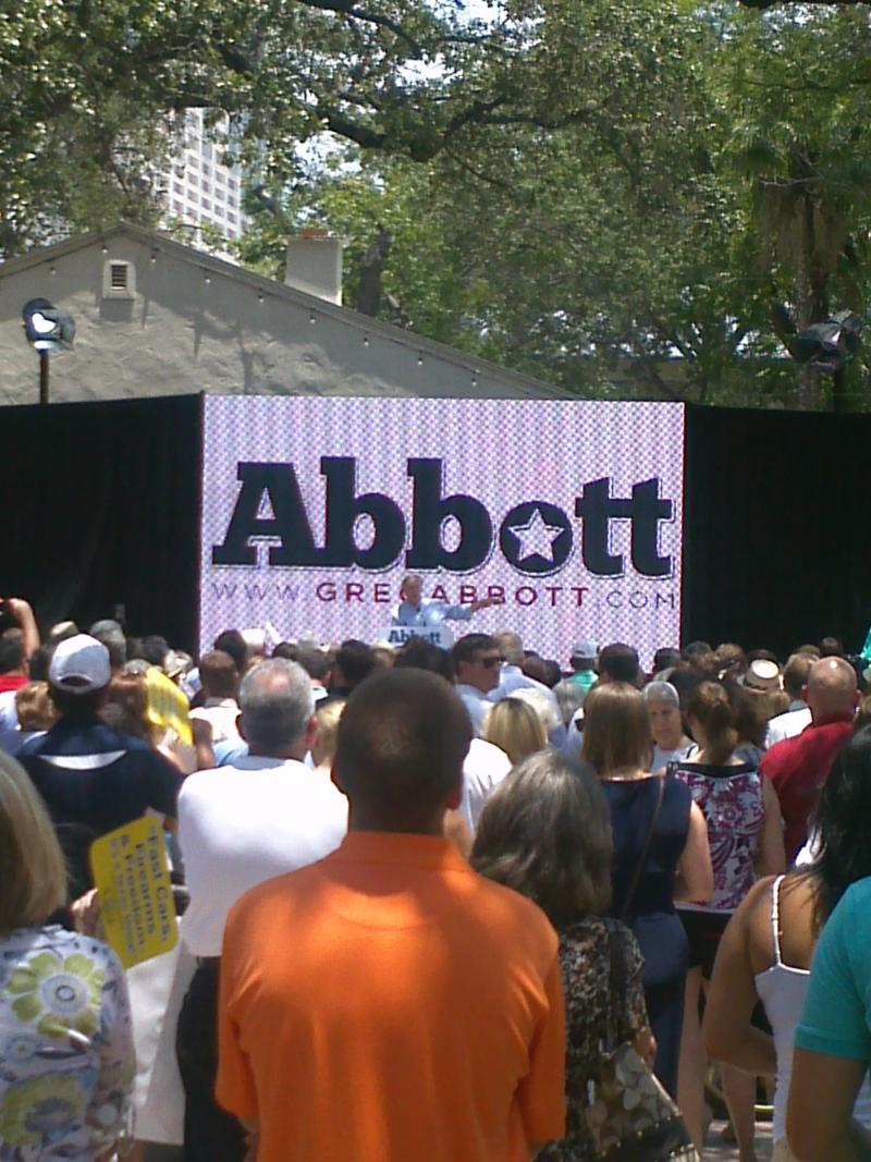 The crowd at La Villita in San Antonio as Abbott announced that he would run for governor.