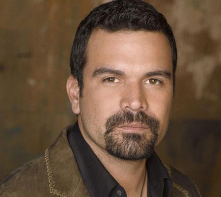 Host, Ricardo Chavira