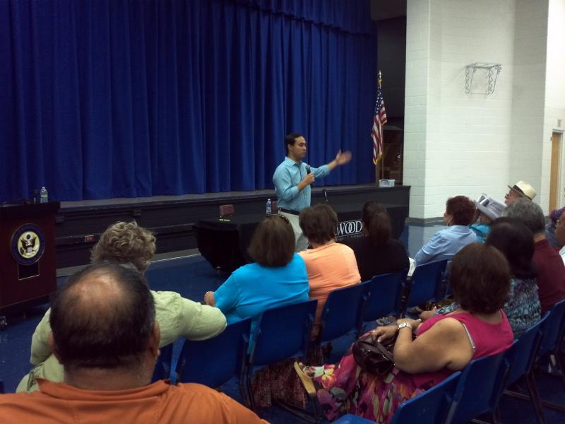 Congressman Joaquín Castro speaks to constituents on San Antonio's West Side Aug. 29 2013
