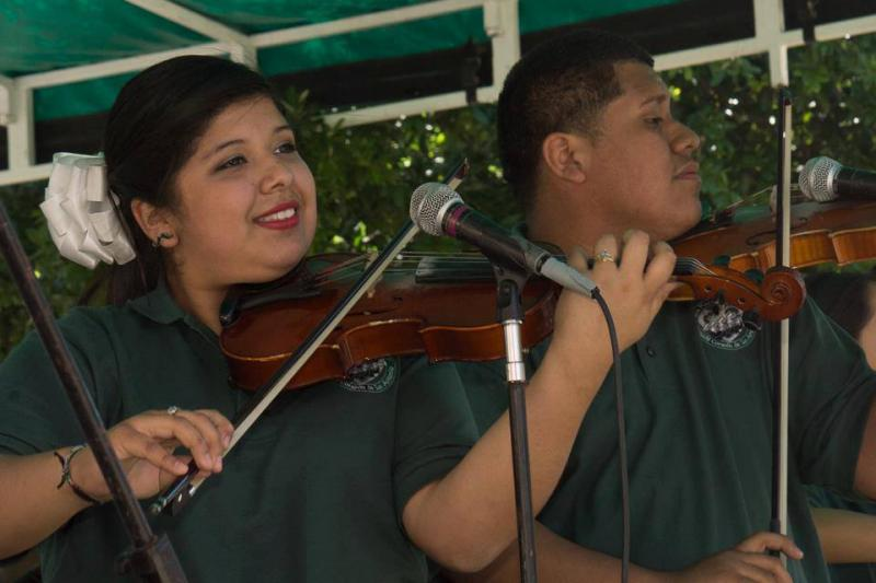Mariachi Corazon de San Antonio performing at Fiesta 2013.