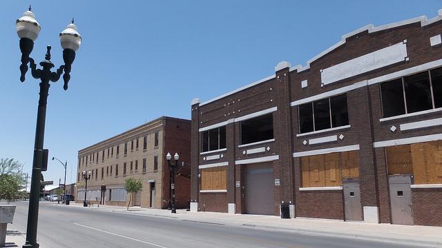 Abandoned warehoues on San Antonio Avenue (June 25, 2013).