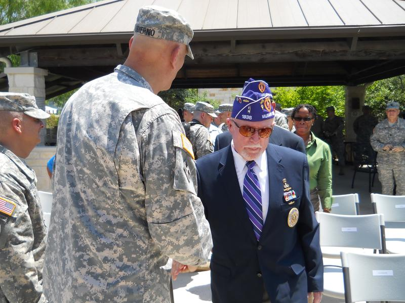 Gen. Odierno greets other Purple Heart awardees at the ceremony.