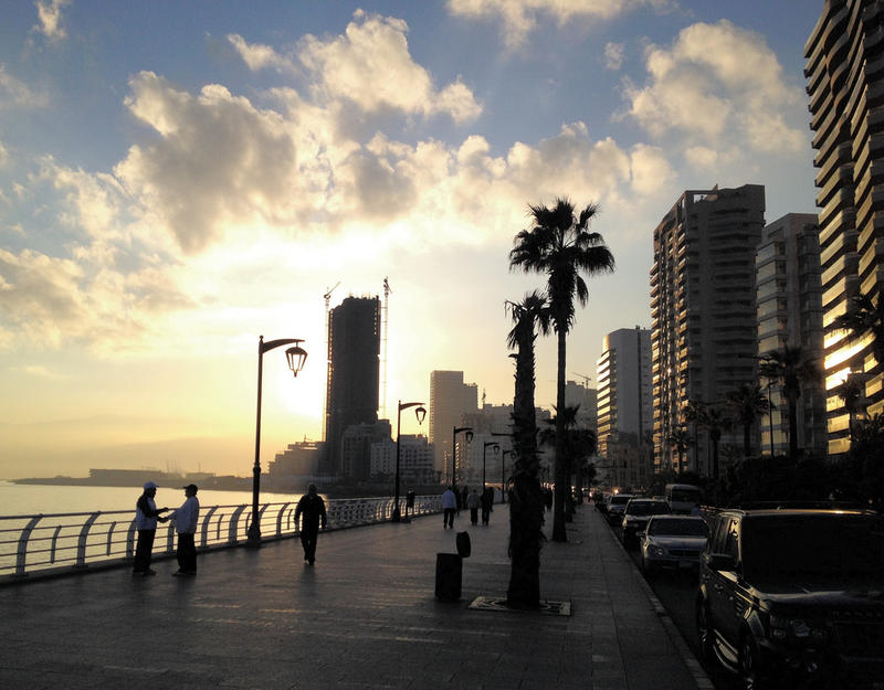 Morning on the Corniche.