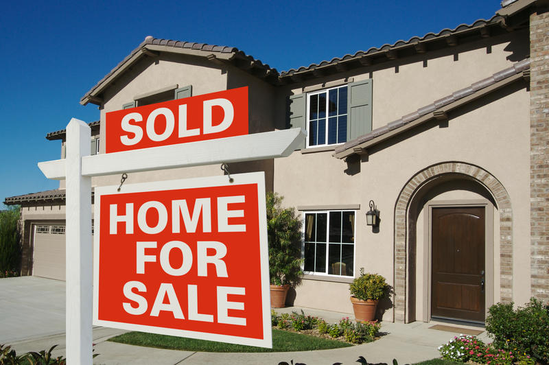 The San Antonio Board of Realtors says the number of area homes sold climbed to an all-time high in 2015.