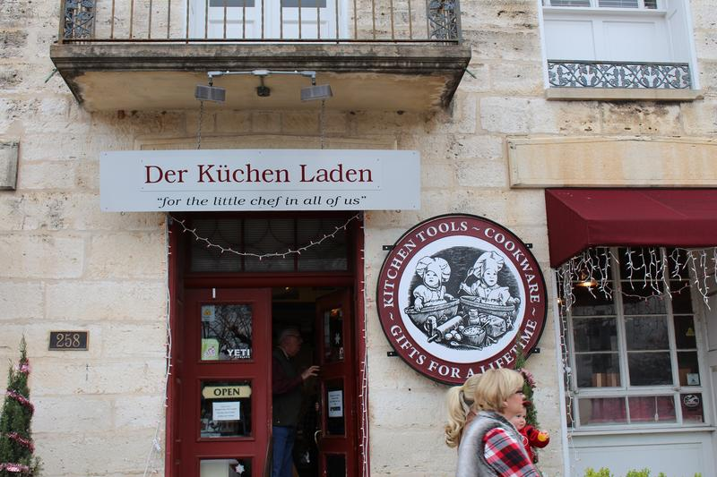 redericksburg businesses offer everything from wine to burgers, antiques to shabby chic decor.