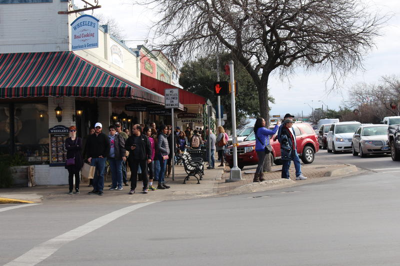 One a recent weekday, Main Street was still crowded with visitors.