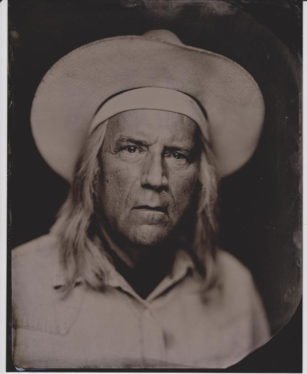 Gene Fowler in character, Arizona Bill