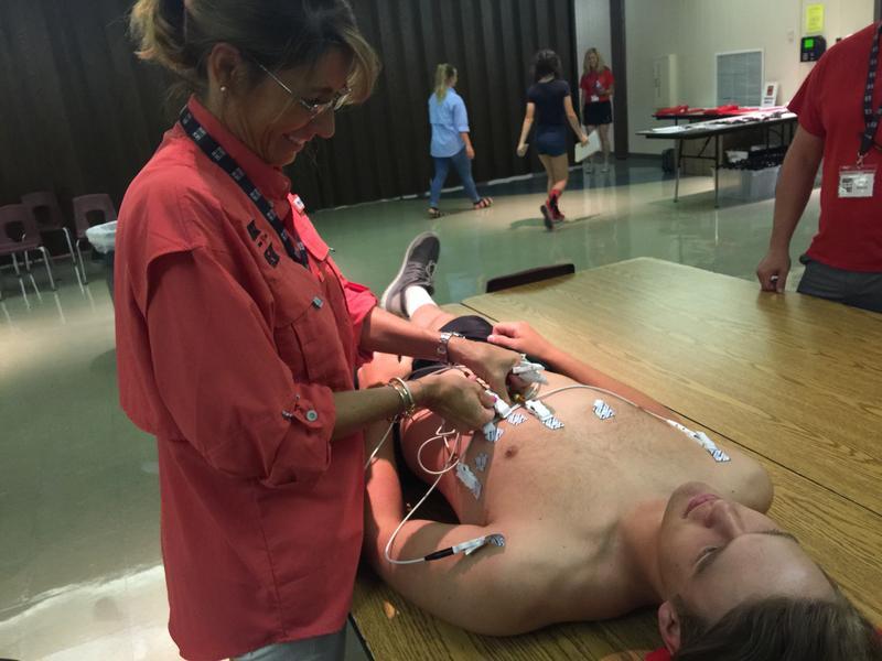 A teen gets a free EKG