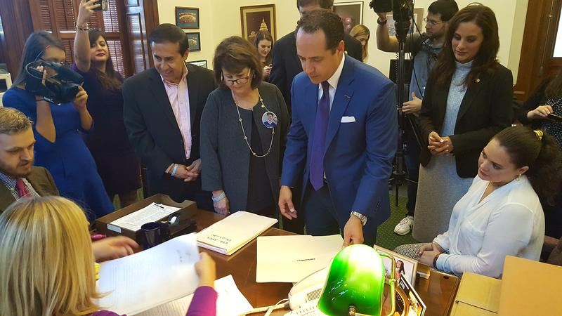 State Lawmakers Push For Legislation Targeting Online ...