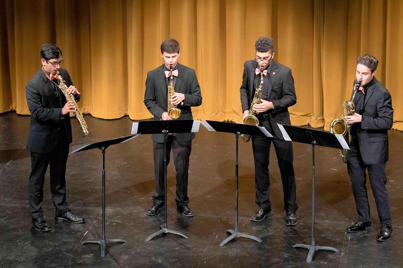 Quid Nunc Saxophone Quartet