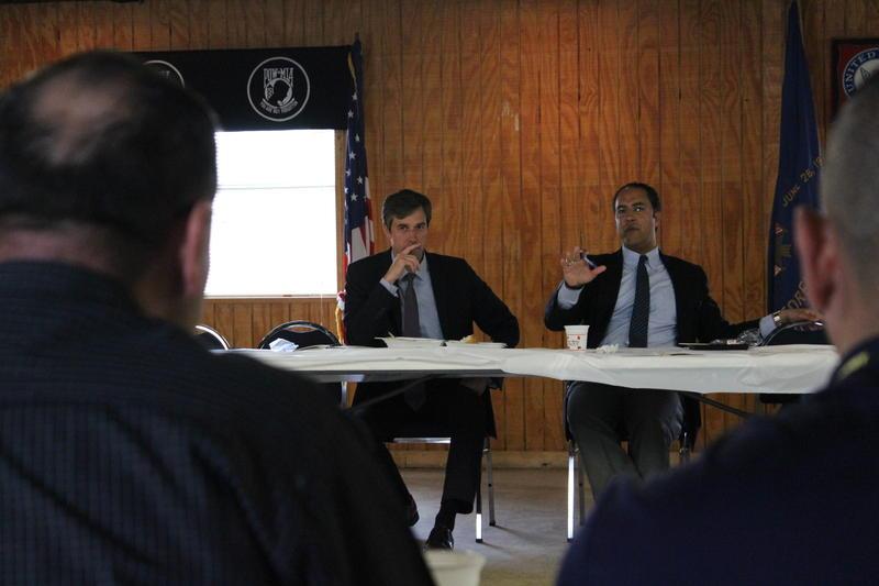Democratic Representative Beto O'Rourke and Republican Representative Will Hurd hold talk to veterans about the state of the VA and veteran healthcare