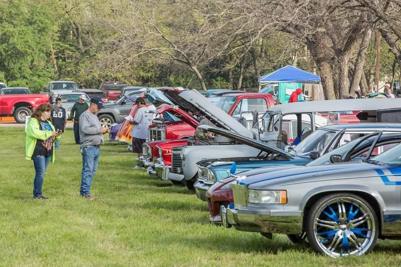 Car show at Kerrville's Easterfest