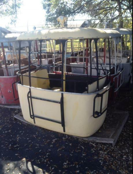 Gondolas before refurbishing