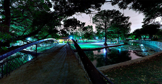 Brackenridge Park bridge