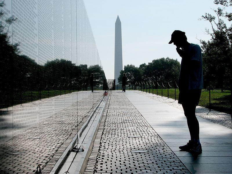 how did the american public feel about the vietnam war