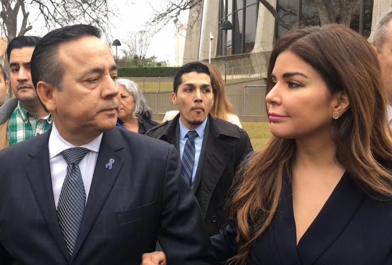 State Sen. Carlos Uresti and his wife Lleanna Uresti.