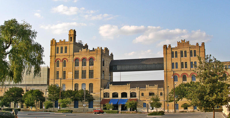 The original Lone Star brewery, 200 West Jones Ave., San Antonio, Texas. Brewery was converted to the San Antonio Museum of Art in 1981.