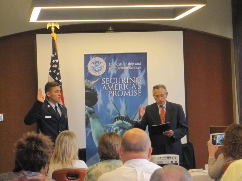 Mario R. Ortiz administring the oath of allegiance