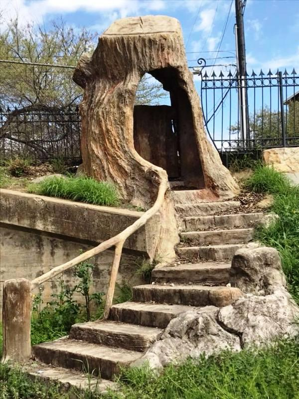 The hollow tree entrance at Hildebrand Street, by Dionicio Rodriguez