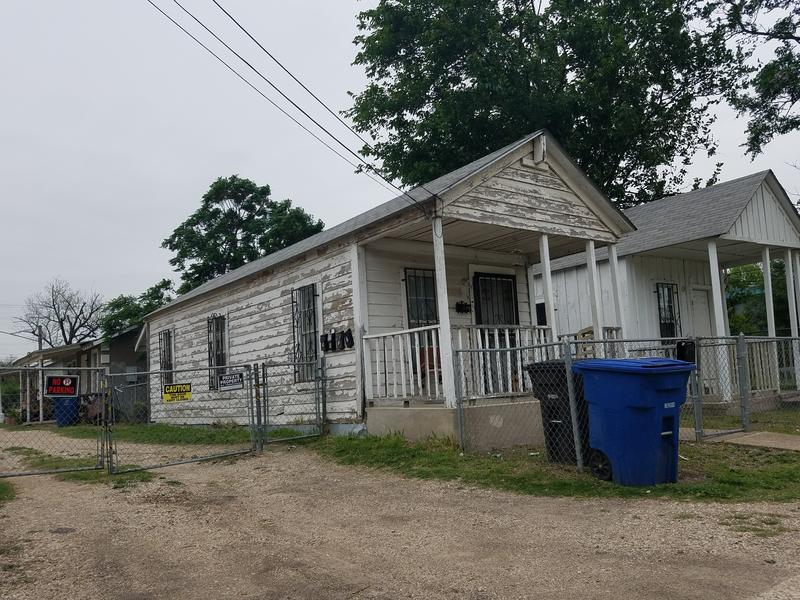 Shotgun house on San Antonio's Westside