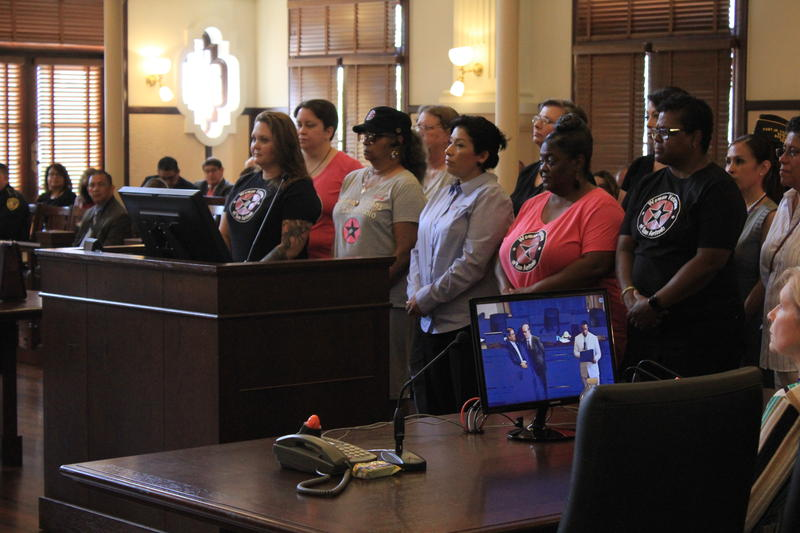 WVSA president Robin Harder thanks the Bexar County Commissioners Court, flanked by Juanita Sepulveda, San Antonio Veterans Affairs Committee member, and Octavia Harris, Chairwoman for the VA National Advisory Committee on Women Veterans, among others.
