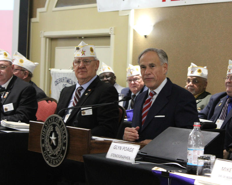 John Hince, state commander, and Gov. Greg Abbott at an American Legion event in San Antonio.