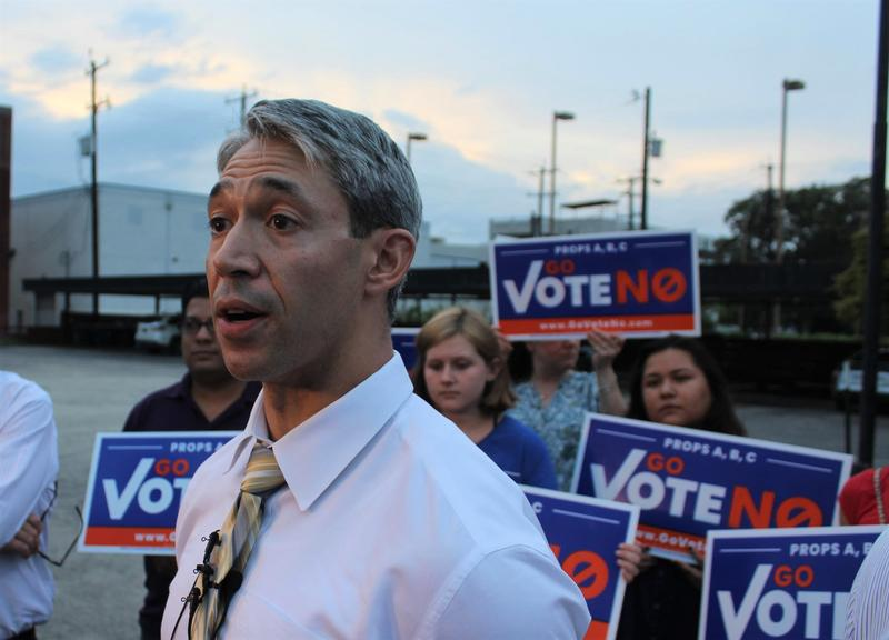 San Antonio Mayor Ron Nirenberg holds a press conference on Sept. 20, shortly after the cancellation of town hall event addressing city charter amendments on the November ballot.