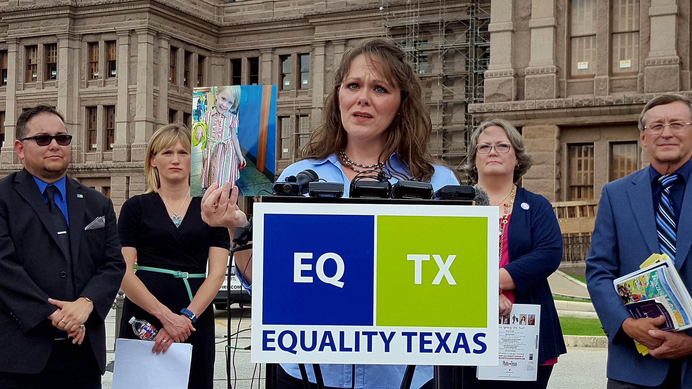 Texas' Lt. Gov. asks schools to ignore transgender directive